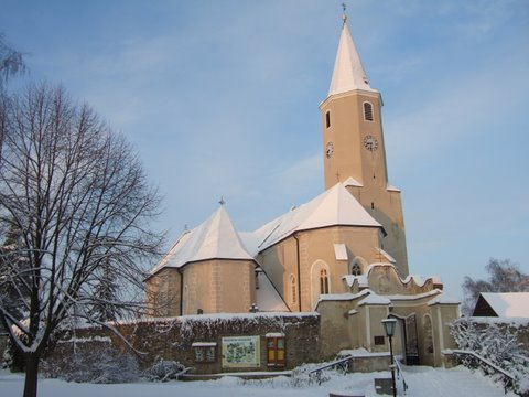 Kirche Winter web